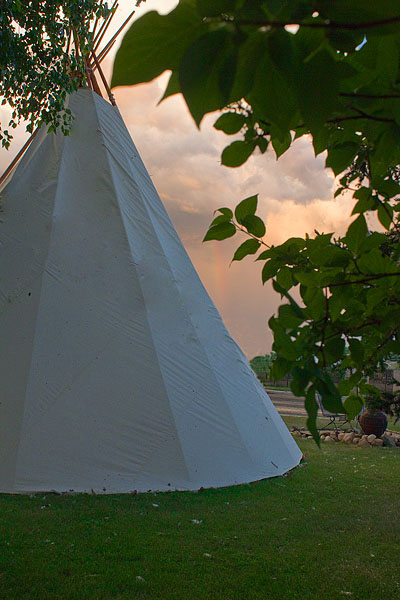 Mountain View Buffalo Wyoming TeePee Tipi Euro Youth Hostile Rental